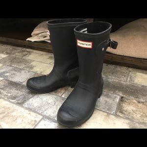 Hunter rain boots size 6 like new